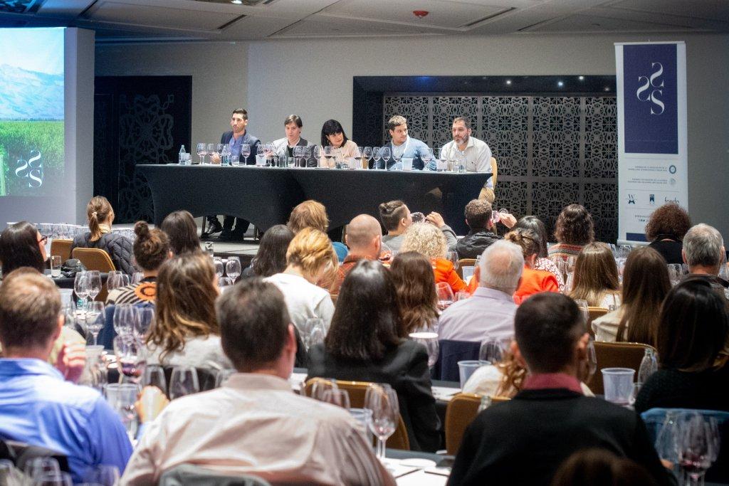 La Geografía del Vino en la Asociación Argentina de Sommeliers 4