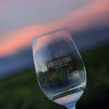 Verano 2020: Andeluna y sus atardeceres con vinos de Montaña 1