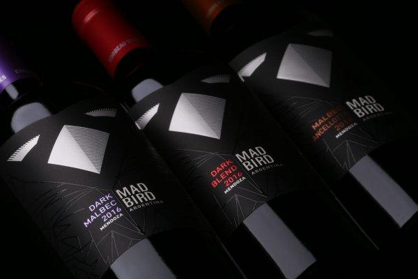 Lanzamiento: Mad Bird, el comienzo de la historia de Corbeau Wines