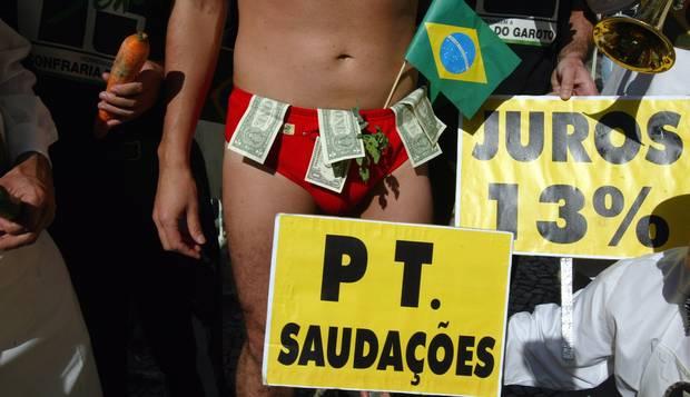 Dólar na cueca. No Rio, Confraria do Garoto ironiza crise política após prisão do dirigente do PT José Adalberto, em Congonhas