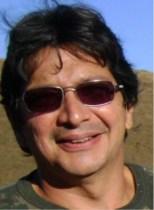 Roberto Araújo Possui graduação em Curso de História pela Universidade Federal do Pará (1981), mestrado em Maîtrise d Ethnologie – Université de Paris X, Nanterre (1986) e doutorado em Ethnologie -Université de Paris X, Nanterre (1993). É pesquisador titular do MCT, tendo trabalhado no Museu Paraense Emílio Goeldi entre 1988 e 2009, onde chefiou o Departamento de Ciências Humanas entre 1997 e 2002. Atualmente, está lotado no Centro de Ciências do Sistema Terrestre (CST) no Instituto Nacional de Pesquisas Espaciais (INPE). Tem experiência na área de Antropologia, atuando principalmente nos seguintes temas: ocupação humana da Amazônia, antropologia rural, instituições e mudança social.