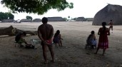 Comunidade Kamaiurá 50 Anos do Parque Indígena do XinguMato Grosso, Brasil.Foto Eric Stoner06/2011