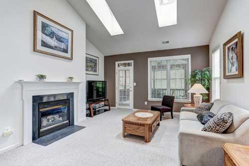 13525 Ryton Ridge Ln, Gainesville, VA - Living Room