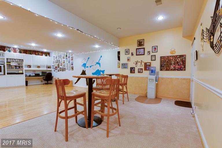12712 Melville Lane, Fairfax, VA - Family Retreat