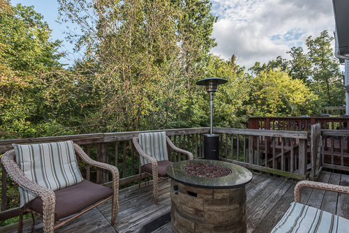 6962 Village Stream Place, Gainesville VA 20155 - Spacious Deck