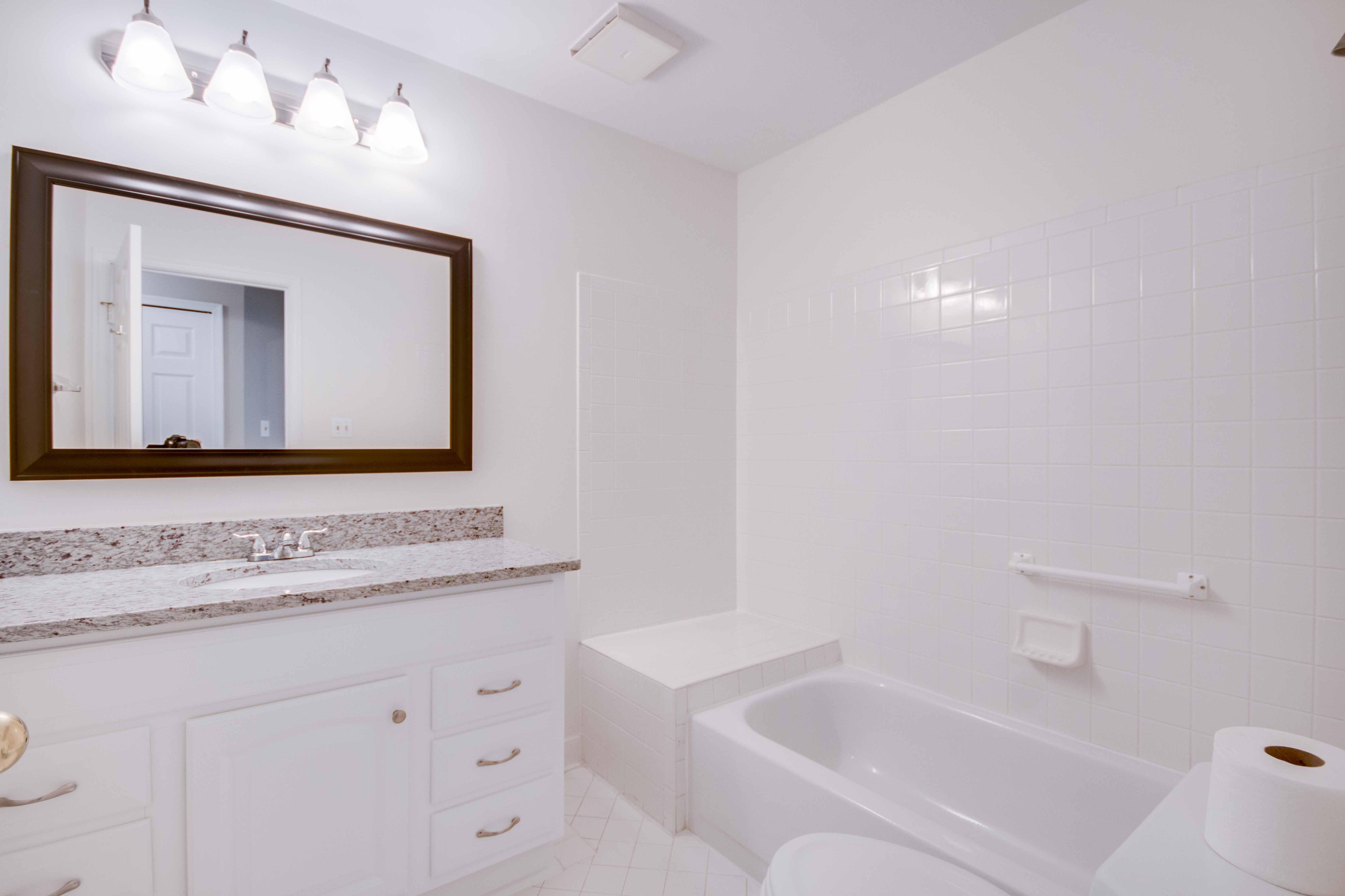 20576 Snowshoe Square #201, Ashburn, VA -  Master Bath