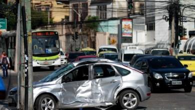 Photo of Colisão entre ônibus e carro deixa um morto no RJ