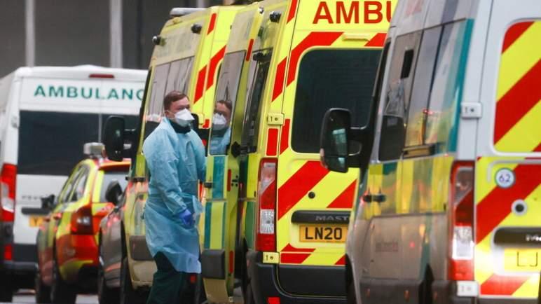 (كوفيد-19). الصحة العالمية: وفاة ما لا يقل عن 115 ألف عامل بالرعاية الصحية