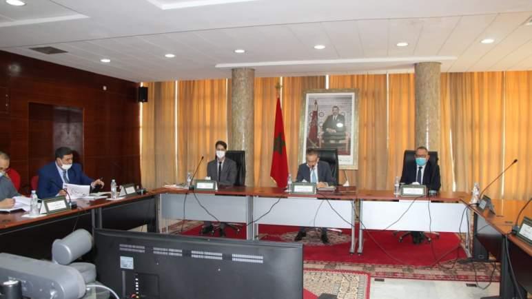 بني ملال.. الوالي خطيب يترأس اجتماع اللجنة الجهوية للسلامة الطرقية
