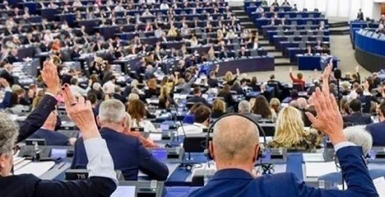 نواب برلمانيون أوروبيون ينددون بالطابع غير المنتج للقرار ضد المغرب