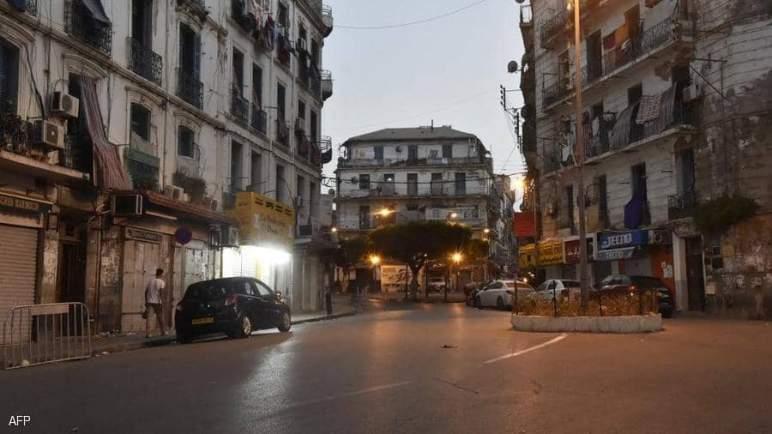 """""""متحور دلتا"""" يخنق الجزائر.. وعودة للحجر المشدد"""