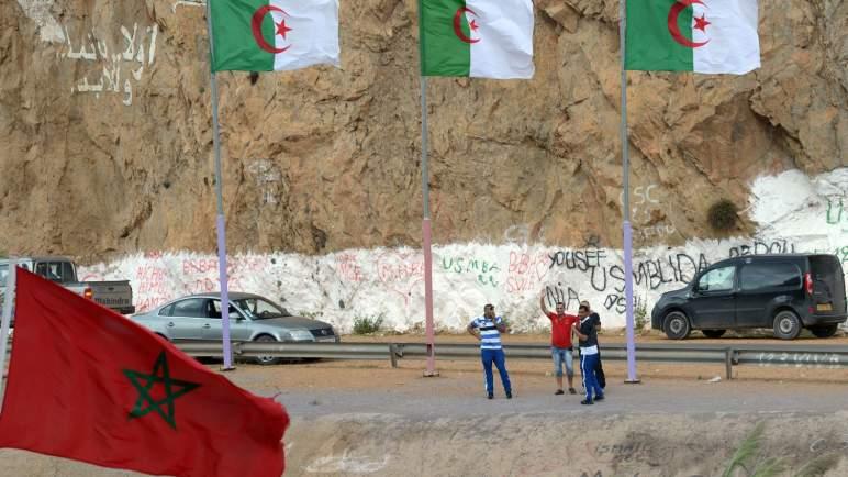 المغرب يغلق سفارته في الجزائر