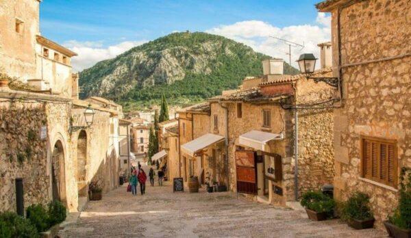Pollenca-village-acheter-immobilier-en-Espagne