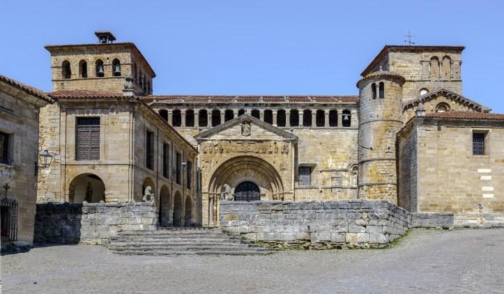 Santillana-del-mar architecture acheter immobilier en Espagne 2
