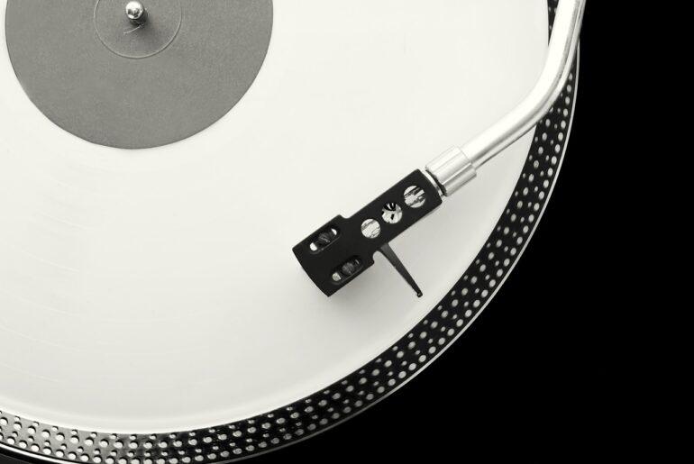 Love Explosion (Radio de mixage instrumental nostalgique) - Album