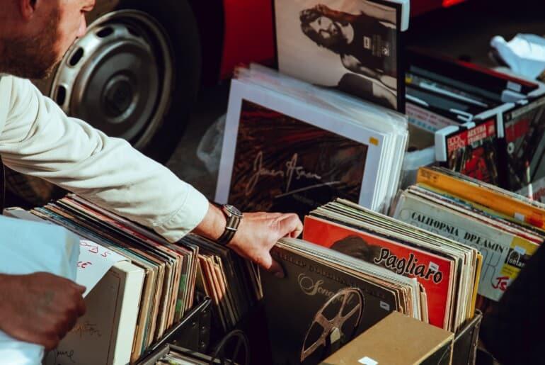 Disque phonographique - Magasin de disques