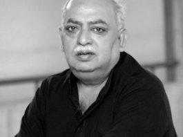 Janab Munawwar Rana, मुनव्वर राणा ग़ज़ल – हर एक आवाज़ उर्दू को फरियादी बताती है
