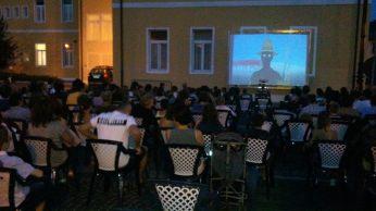 Cinema per bambini in piazza 2013
