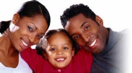 black-parents-with-daughter