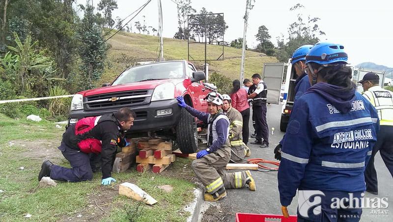 Accidente moto camioneta
