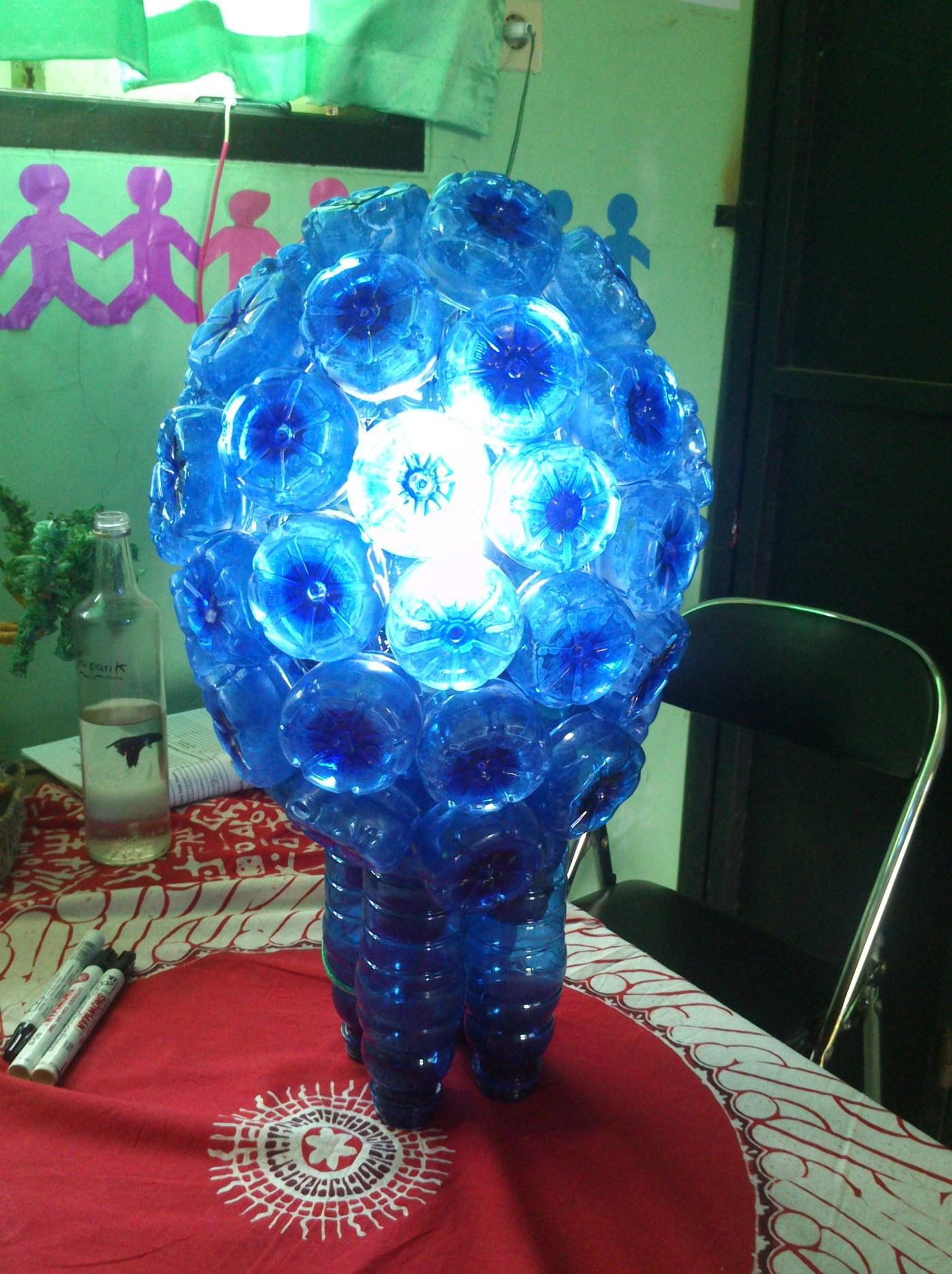 Lampu Hias Dari Botol Aqua : lampu, botol, Membuat, Lampu, Botol, Mizone