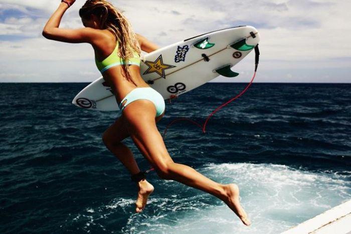 Reef Girl Wallpaper Hd Alana Blanchard Bikini Surfer Girl 40 Pics