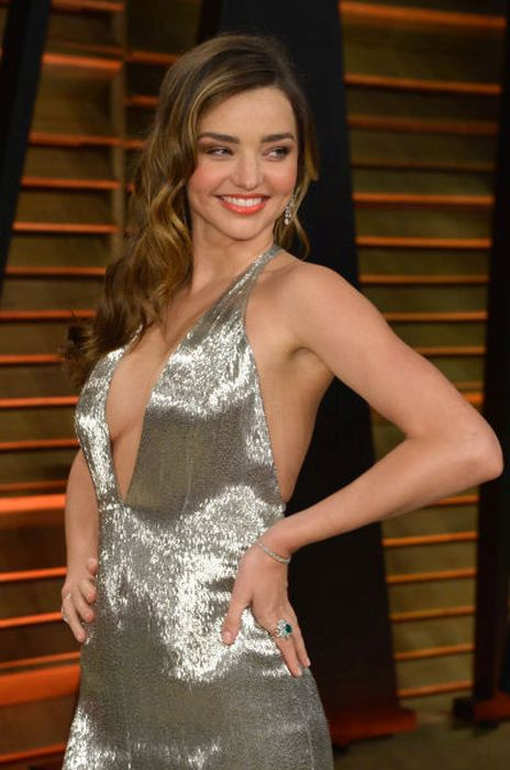 The Best Shots Of Celebrity Side Boob From 2014 100 Pics