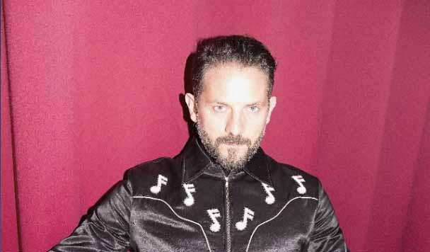 The Magician & Julian Perretta  – 'Tied Up'