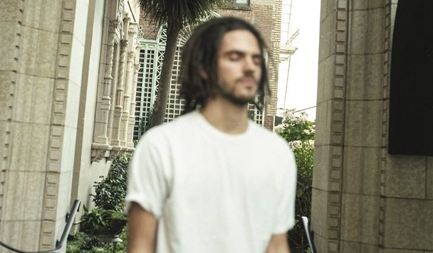 FKJ – French Kiwi Juice [Album Review]