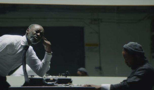 Kendrick Lamar – DNA [Music Video]