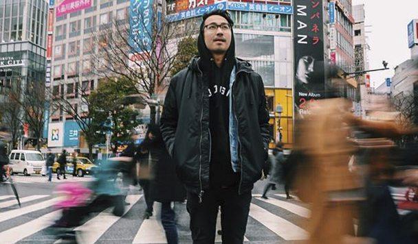 Sweater Beats – Altar (ft. R.LUM.R)