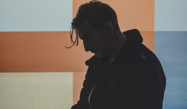Shaun Frank – 'Upsidedown'