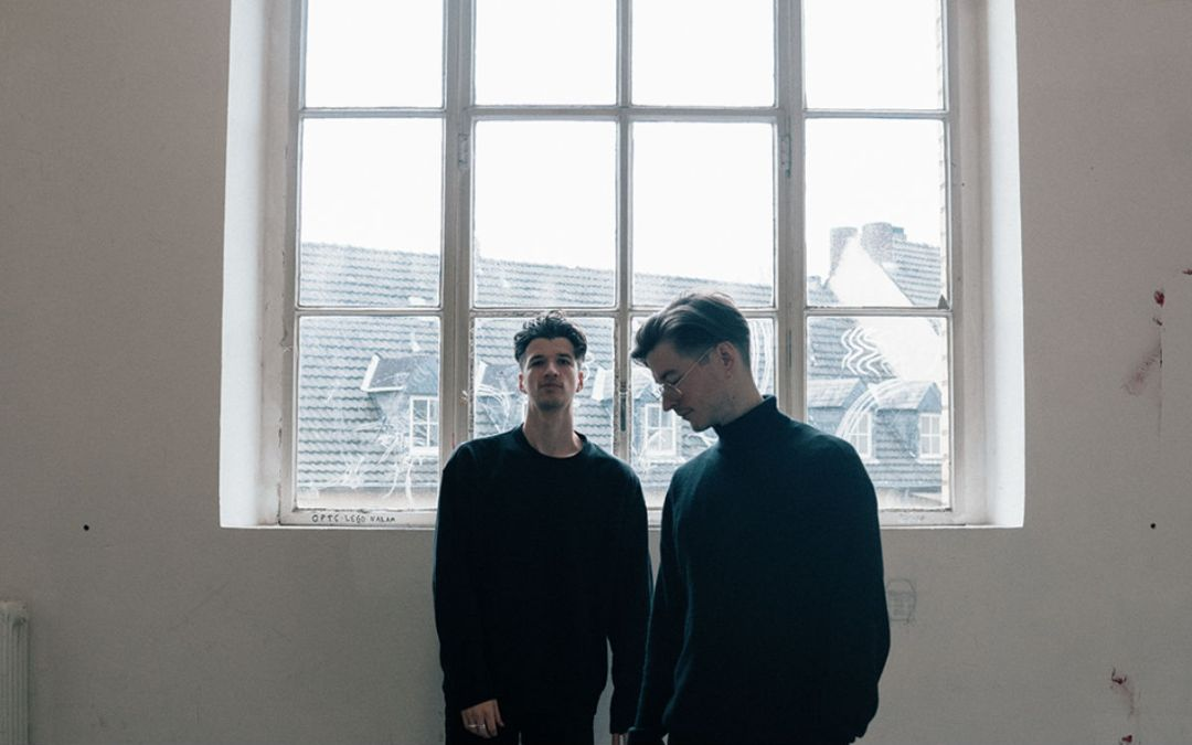 TWO LANES – 'Lights' [EP Review]