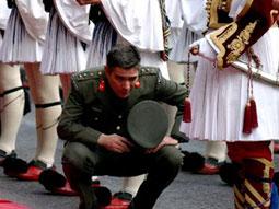 YUNANİSTAN… İhtilal ve 200. yıl kutlamaları