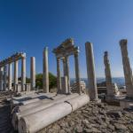 UNESCO Dünya Mirası Listesi'nde yer alan Bergama'da yeni buluntular ortaya çıktı.
