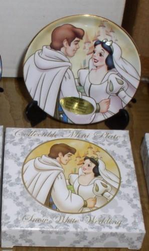 Disney Snow White Amp Prince Wedding Porcelain Plate Rena