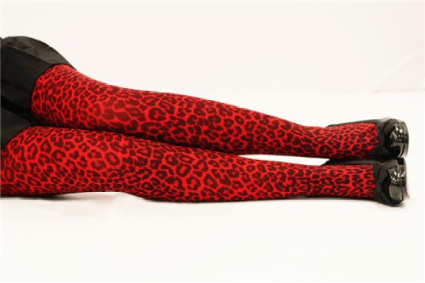 Resultado de imagen de red animal print tights