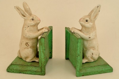 Old Vintage Style Cast Iron and Metal Bunny Rabbit Bookends  Andtiques