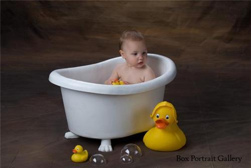 BATH TUB CHILDRENS PHOTO PROP SET WBUBBLES MUST HAVE