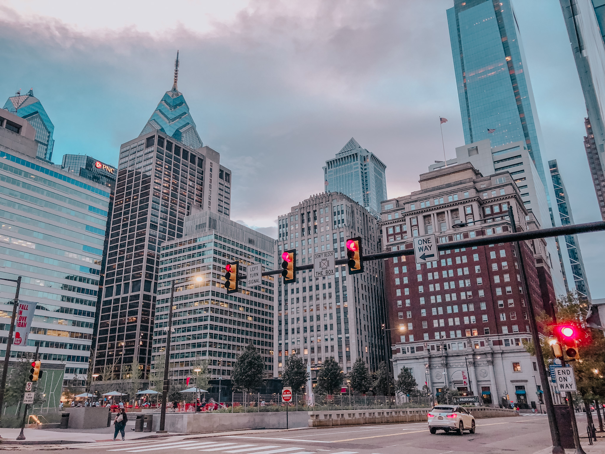 2 Days In Philadelphia Itinerary - What To See, Where To Stay & Eat