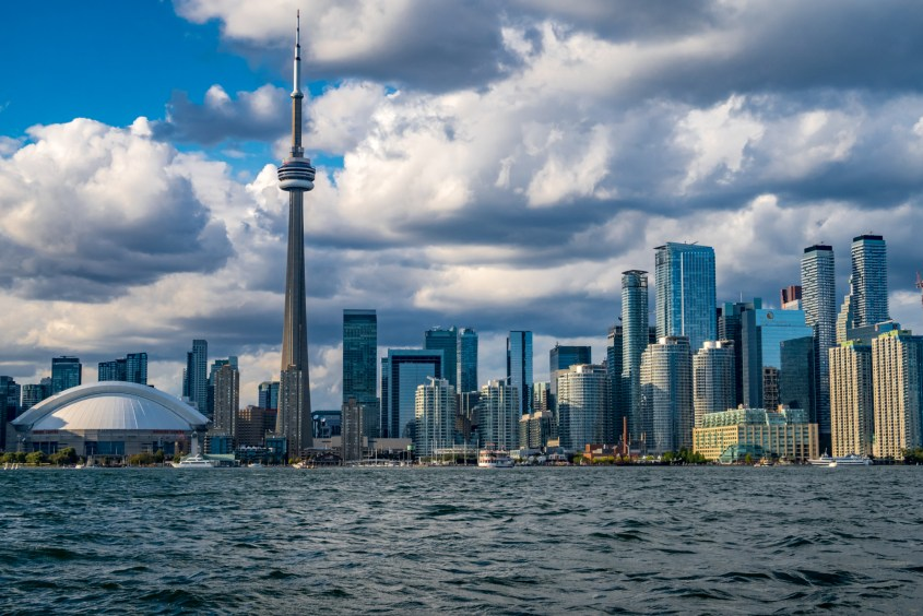 Harbour Cruise - Toronto Skyline