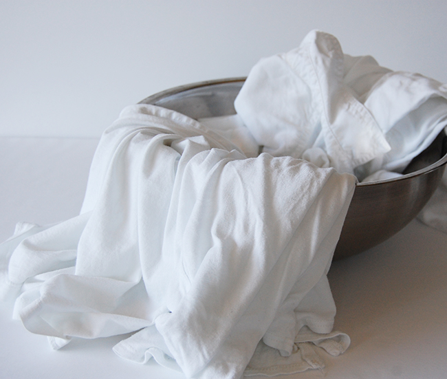 Magical scrub recipe that will remove sweat stains from white clothing
