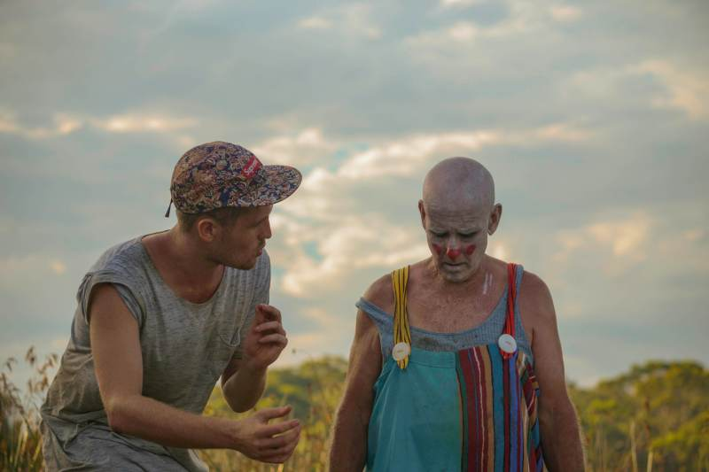 Director Luke Sullivan speaks with actor Robin Royce Queree between takes on 'Reflections in the Dust' - PHOTO Angus Hoy