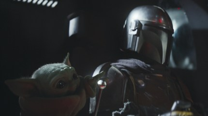 The Child and the Mandalorian (Pedro Pascal) in a scene from 'The Mandalorian' - DOP Grieg Fraser ACS ASC