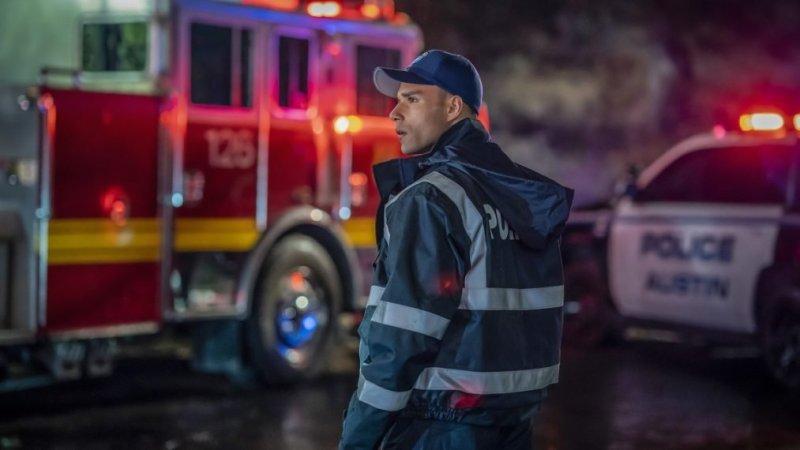 Rafael Silva in a scene from '9-1-1 Lone Star' - DOP Andrew Strahorn