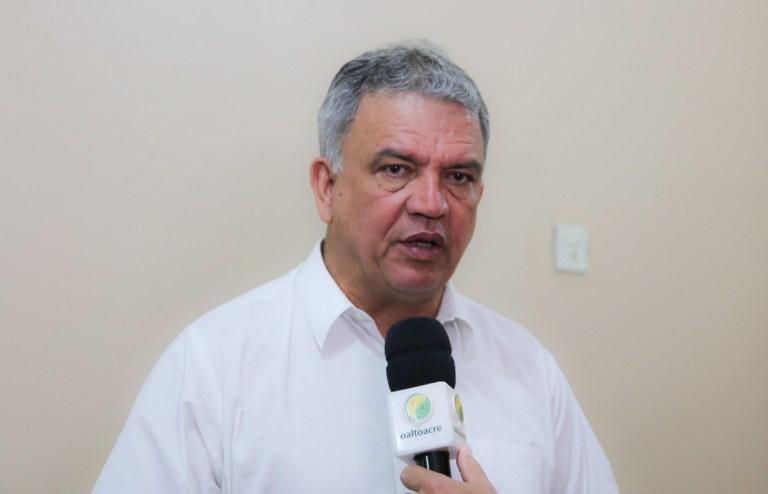 Petecão diz em rádio que Bolsonaro 'deveria falar menos e trabalhar mais'