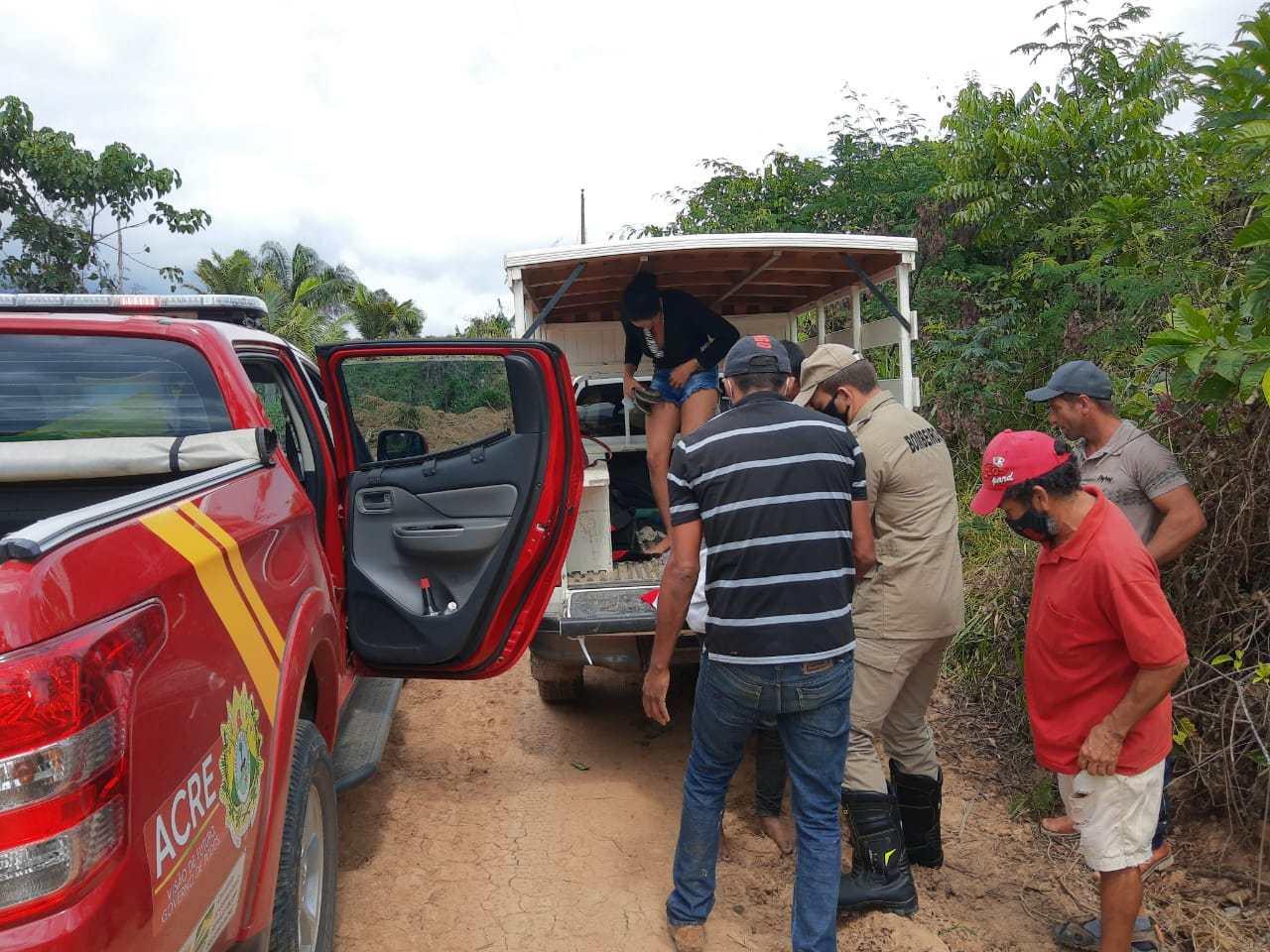 Corpo de bombeiros resgata vítima de picada de serpente no interior do Acre