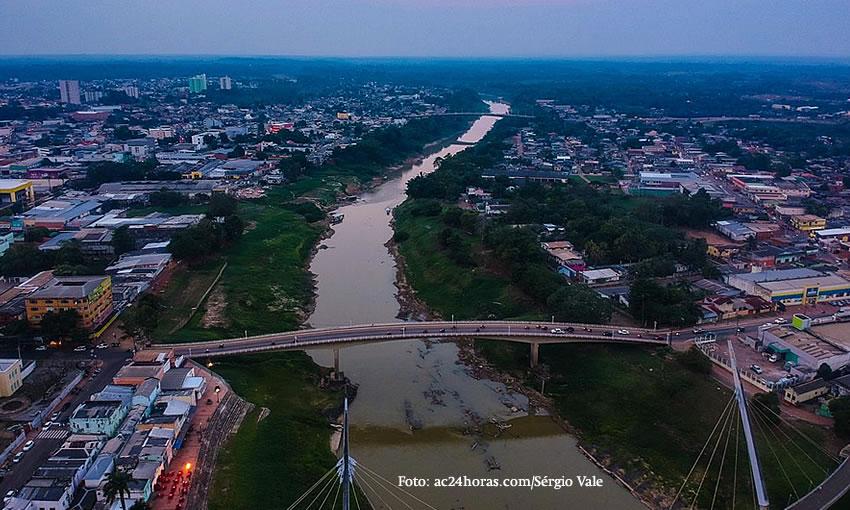 Rio Acre sobe 13 centímetros e marca 1,64 metros nesta sexta