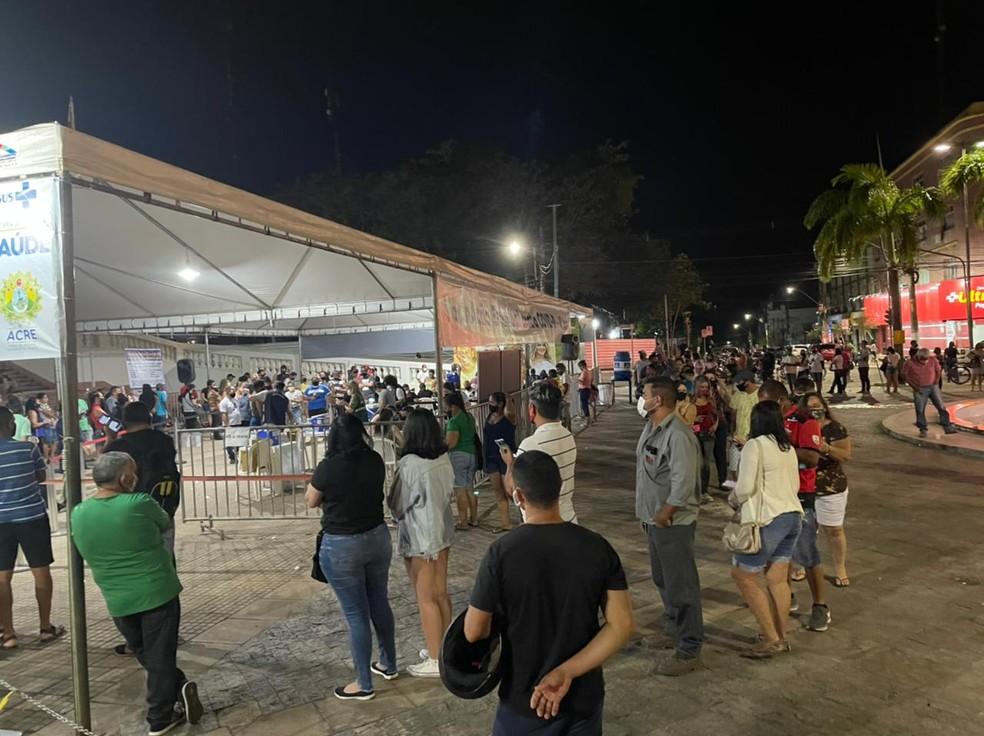 Mutirão já imunizou 3,5 mil pessoas contra a Covid-19 no Palácio Rio Branco