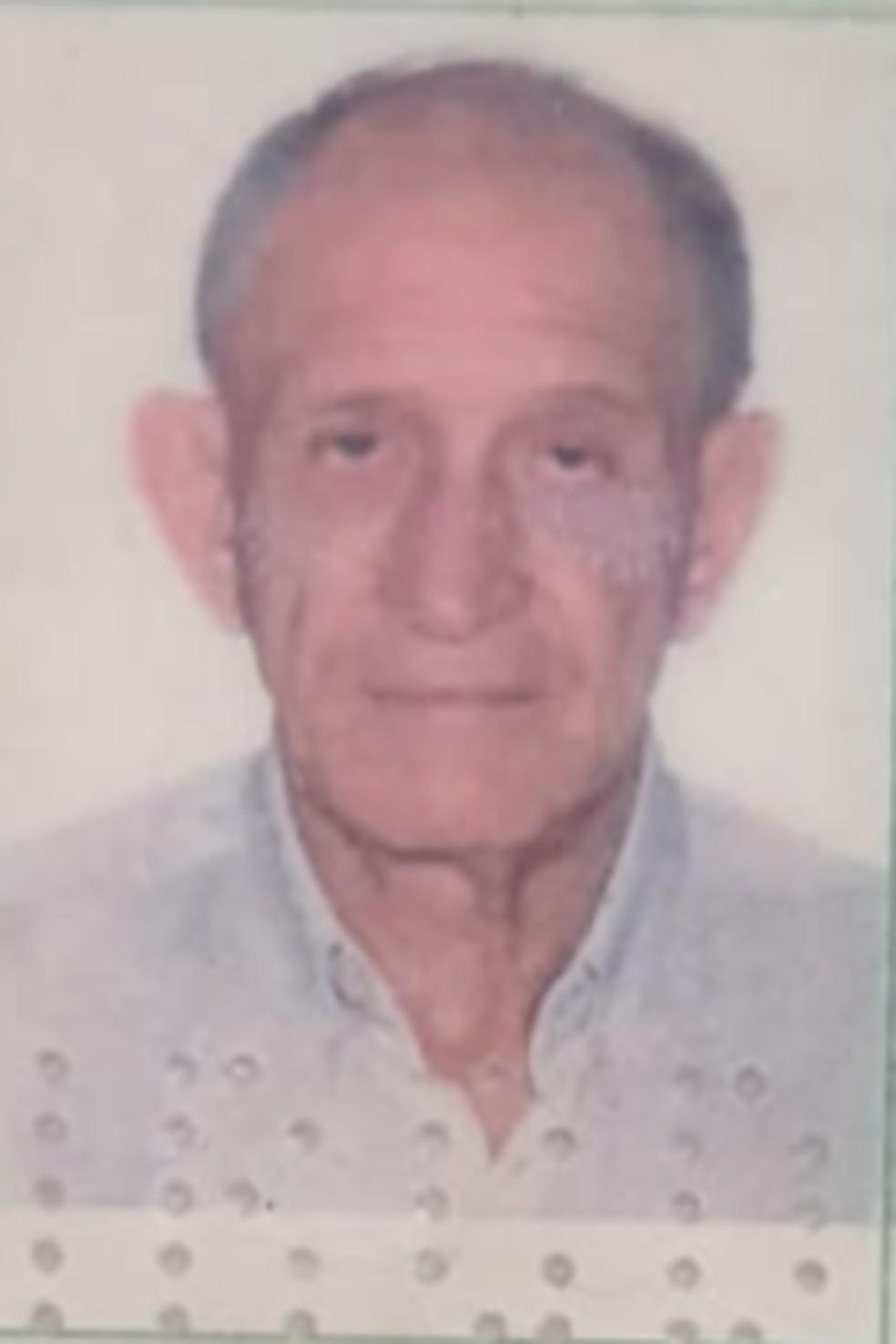 Corpo de idoso é achado em estado avançado de decomposição dentro de apartamento em Rio Branco